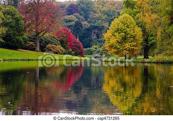 jardin anglais - csp4731265