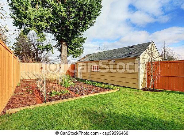 Jardin, augmenté, clôturé, house., lits, petit, légume, arrière-cour ...
