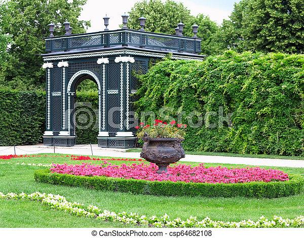 jardin fleur, parc, résumé, well-kept, arbres, lits, noir, tonnelle, tondu - csp64682108