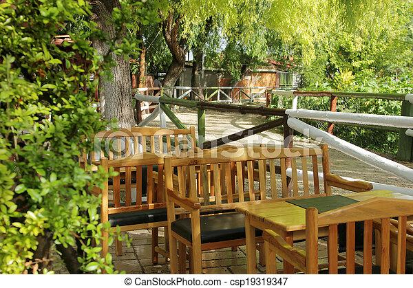 jardin - csp19319347