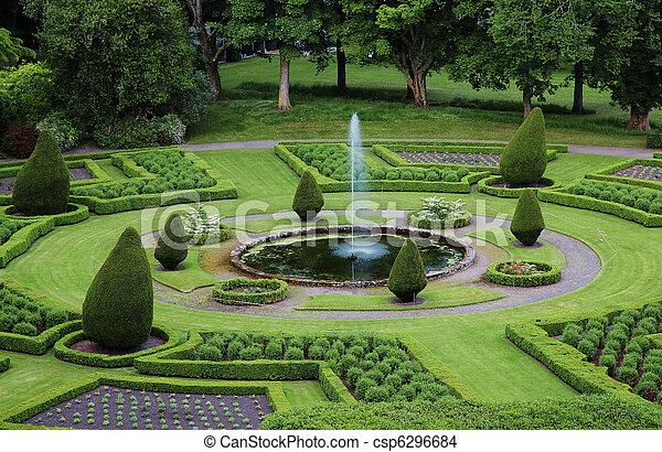 jardins, formal - csp6296684