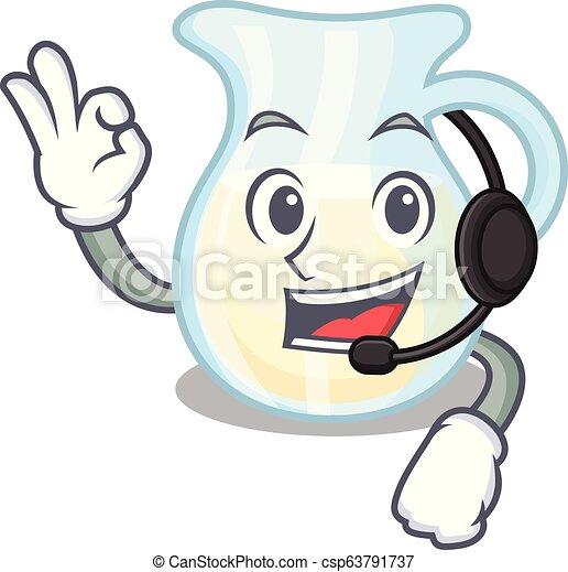 Con jarra de cristal de audífono leche fresca en dibujos animados - csp63791737