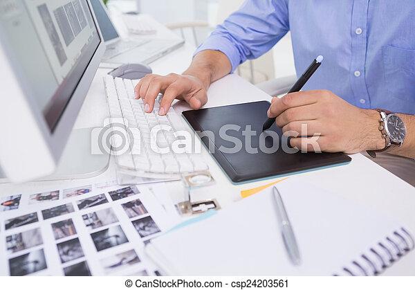 jego, biurko, digitizer, graficzny, używając, projektant - csp24203561