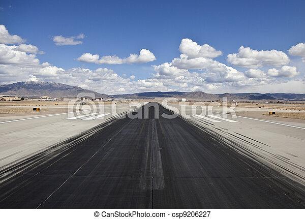 jet, pista, slittata, aeroporto, contrassegni, deserto - csp9206227