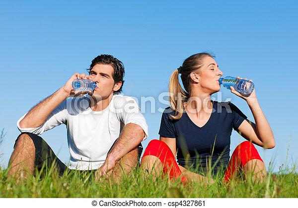 joggeur, reposer, couple, eau, boire - csp4327861