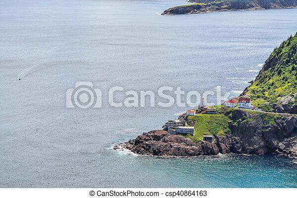 Sitio histórico nacional canadiense, Fort Amherst, la nueva tierra de John, Canadá. - csp40864163