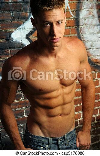 jonge, shirtless, man - csp5178086