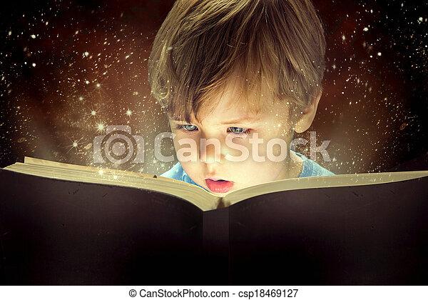 jongen, weinig; niet zo(veel), boek, magisch - csp18469127