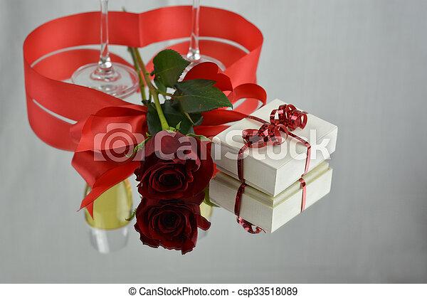 jour, valentine - csp33518089