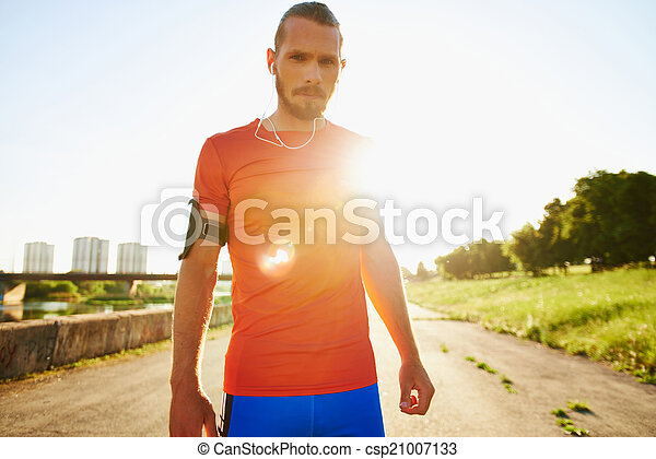 joven, deportista - csp21007133