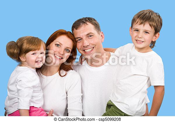 joyeux, famille - csp5099208