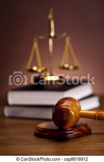 Judges wooden gavel - csp8616912