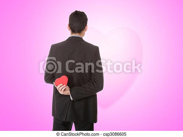 Un joven apuesto vestido de corazón - csp3086605