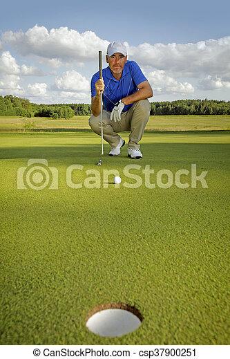 Jugador de golf - csp37900251