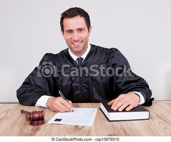 juge, mâle, salle audience - csp10979310