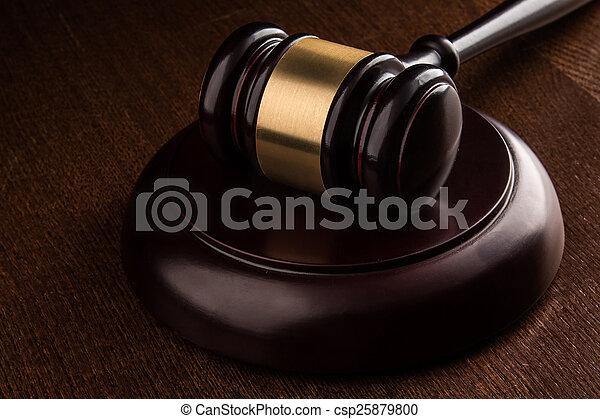 juge, marteau - csp25879800