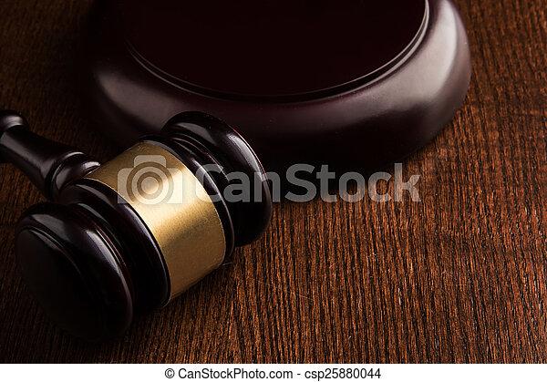 juge, marteau - csp25880044