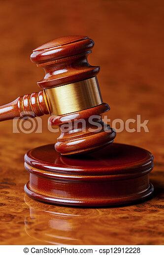 juge, marteau, tribunal - csp12912228