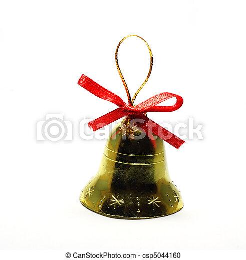 Juguetes de campana de Navidad aislados en el fondo blanco - csp5044160