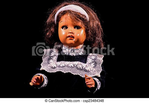 Muñeca de cerámica de juguete - csp23484348