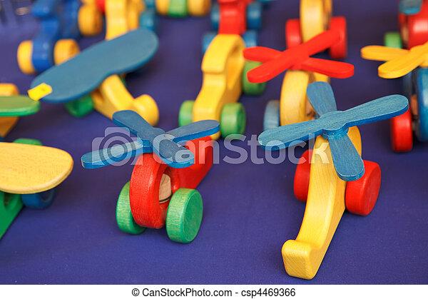 juguetes de madera - csp4469366