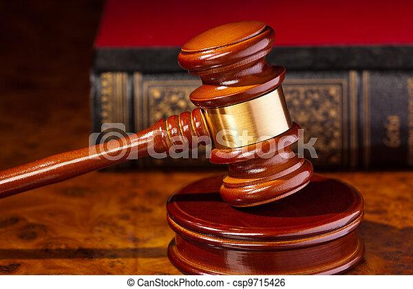 juiz, gavel, corte - csp9715426