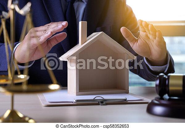 justiça, seguro lar, conceito, lei - csp58352653