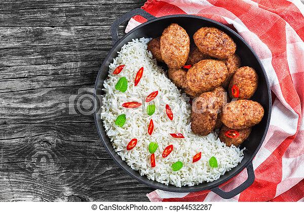 juteux, vue, délicieux, côtelettes, sommet, viande, riz - csp44532287