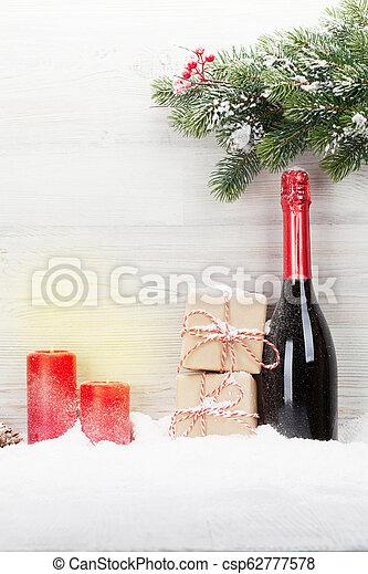 kästen, sektflasche, geschenk, weihnachten - csp62777578