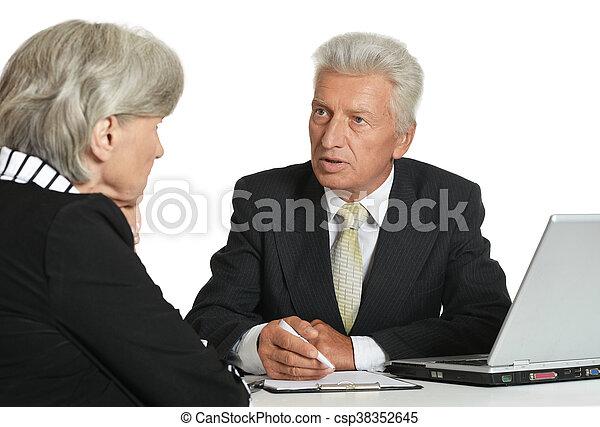két, öregedő emberek - csp38352645