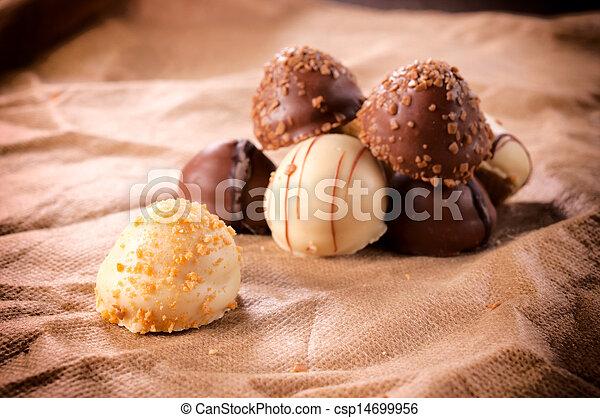 Schokoladenzeit - csp14699956