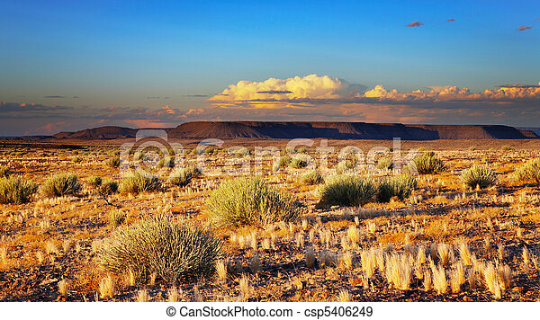 Sunset en el desierto de Kalahari - csp5406249