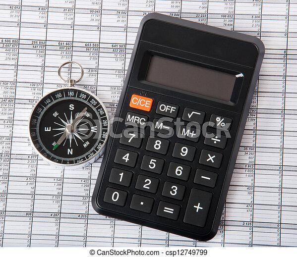 kalkulator, busola - csp12749799