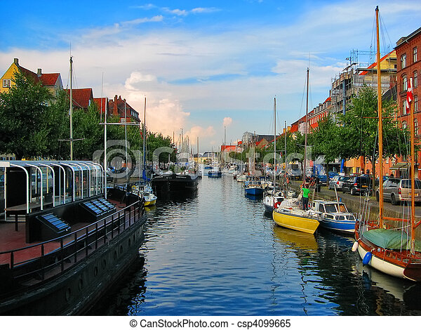 kanal, kopenhagen - csp4099665
