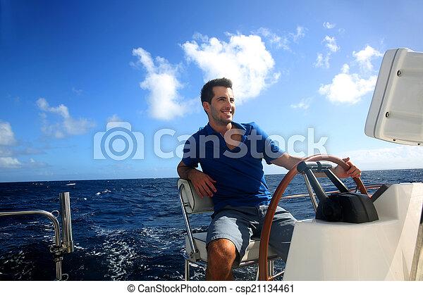 karaibski, żeglując, młody, marynarz, morze, uśmiechanie się - csp21134461