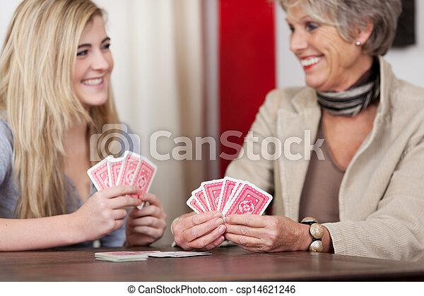 karten, enkelin, spielende , grossmutter - csp14621246