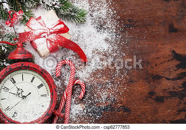 kasten, alarm, weihnachtsgeschenk, uhr - csp62777853