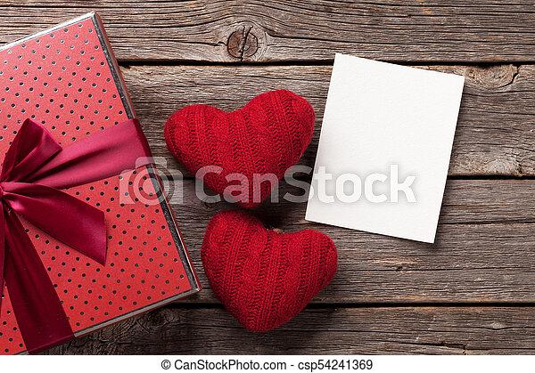 kasten, herzen, valentinestag, geschenk - csp54241369