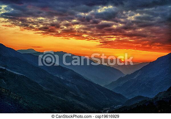 katmandou, vallée, népal, kalinchok - csp19616929