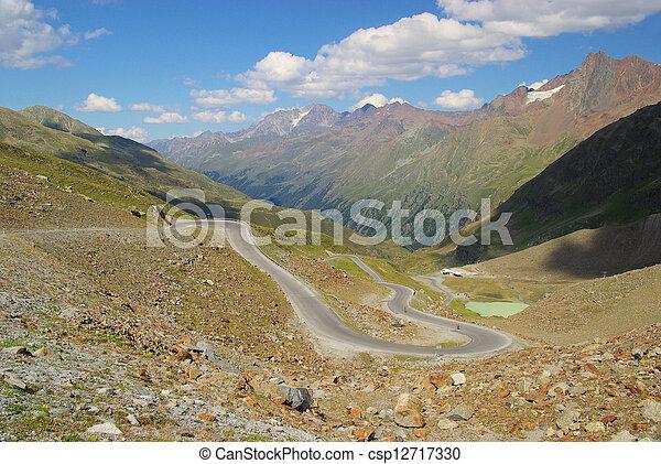 Kauner valley glacier road 06 - csp12717330