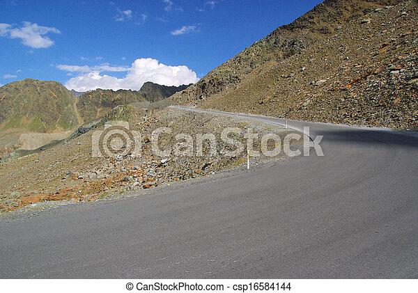 Kauner valley glacier road - csp16584144