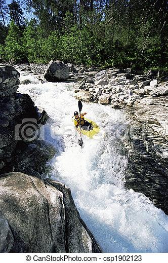 kayaking , νέοs άντραs , καταρράκτης  - csp1902123