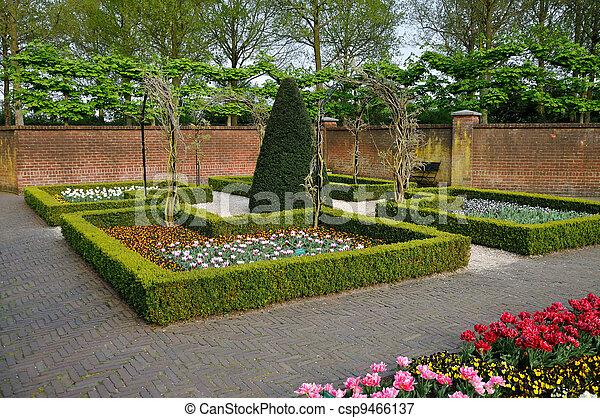 Keukenhof jard n tulipanes parque peque o paredes for Arbustos jardin pequeno