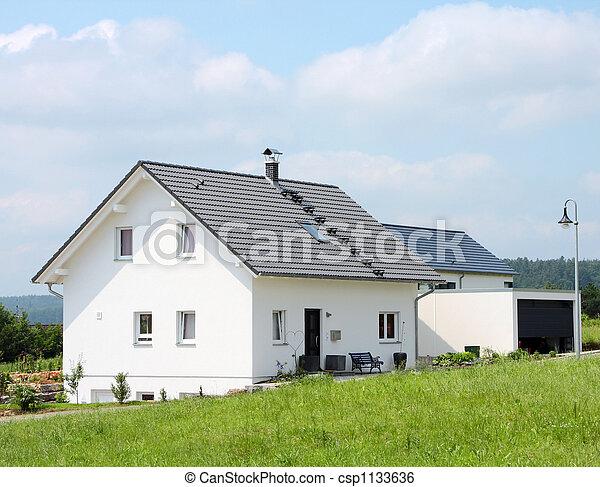kicsi, új épület - csp1133636