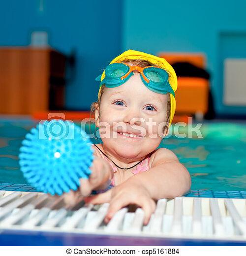 kind, teich, schwimmender - csp5161884