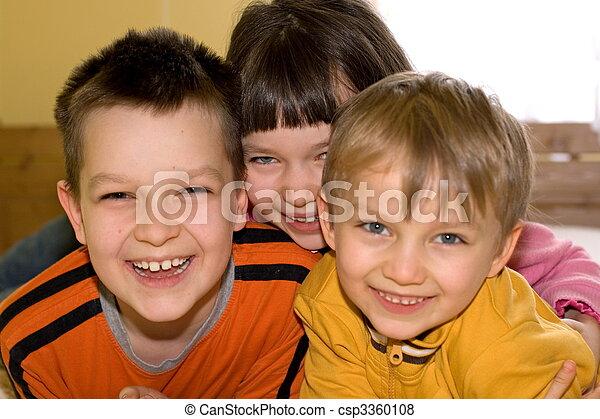 kinder, glücklich - csp3360108