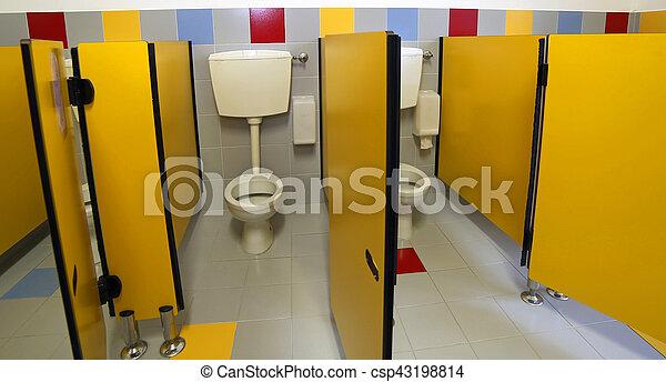 Kindergarten Toiletten Badezimmer Ohne Kinder Wenig Klo