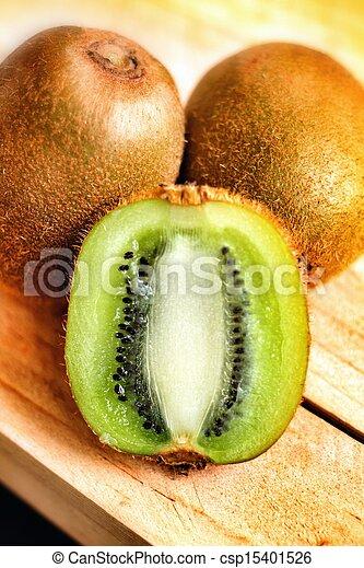 Kiwi fruite - csp15401526