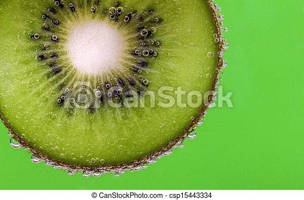 Kiwi slice carbonated water green - csp15443334