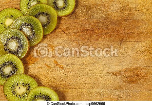kiwi slices - csp9662566